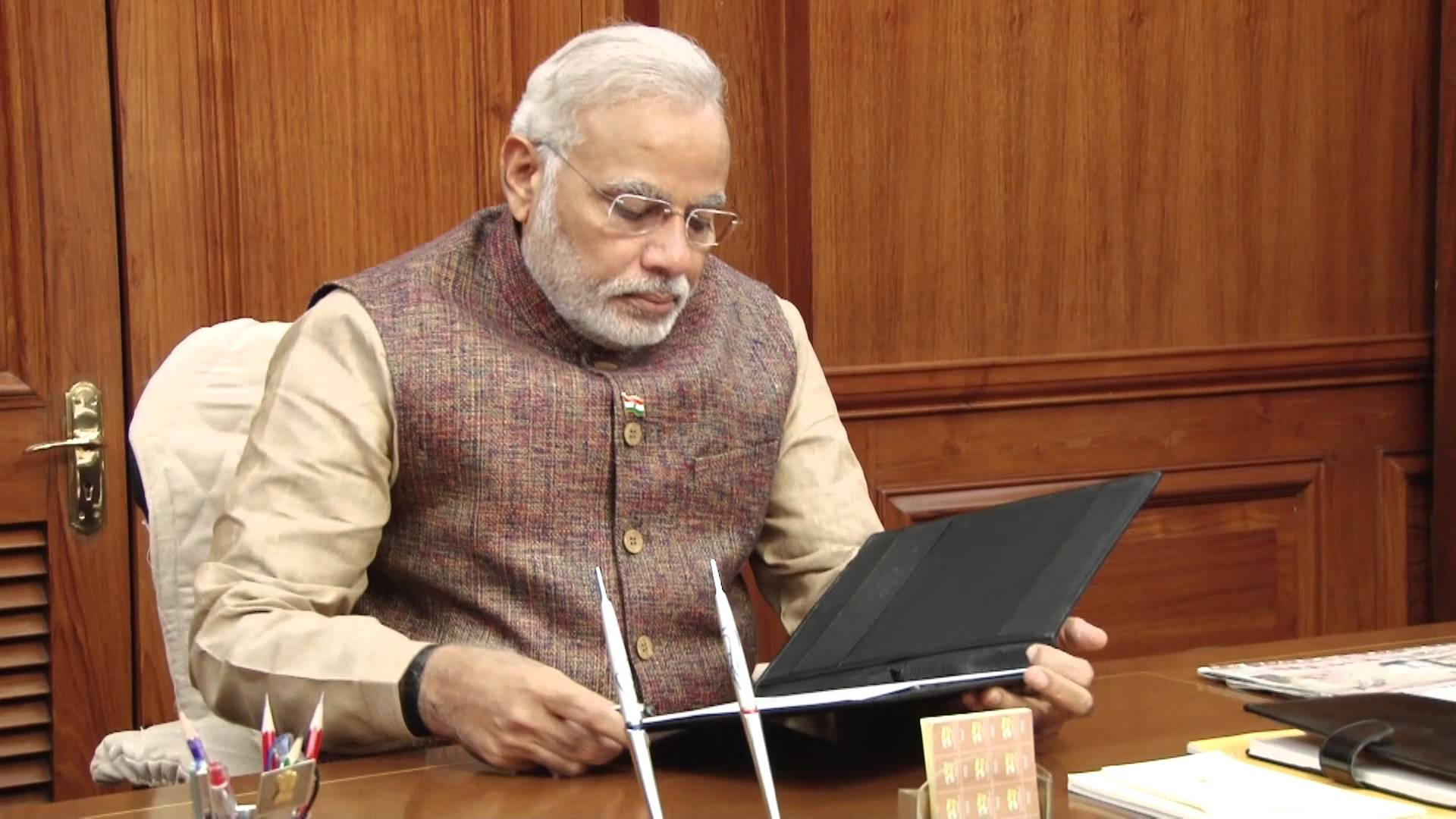 narendra-Modi-Gujaratcelebs