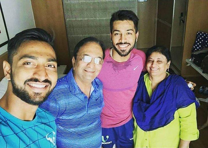 Hardik-Pnadya-Family